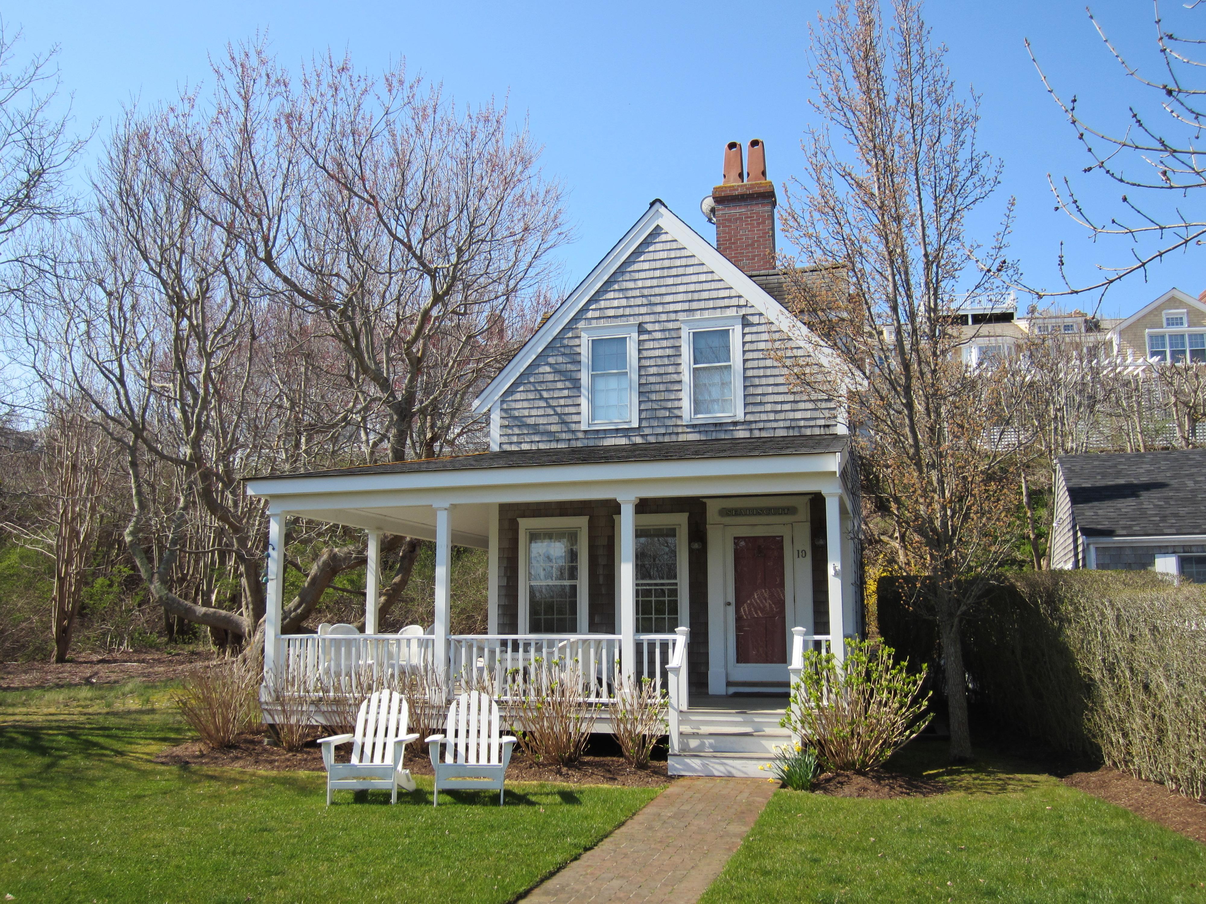 New listing 10 stone barn way atlantic east nantucket for Nantucket island real estate