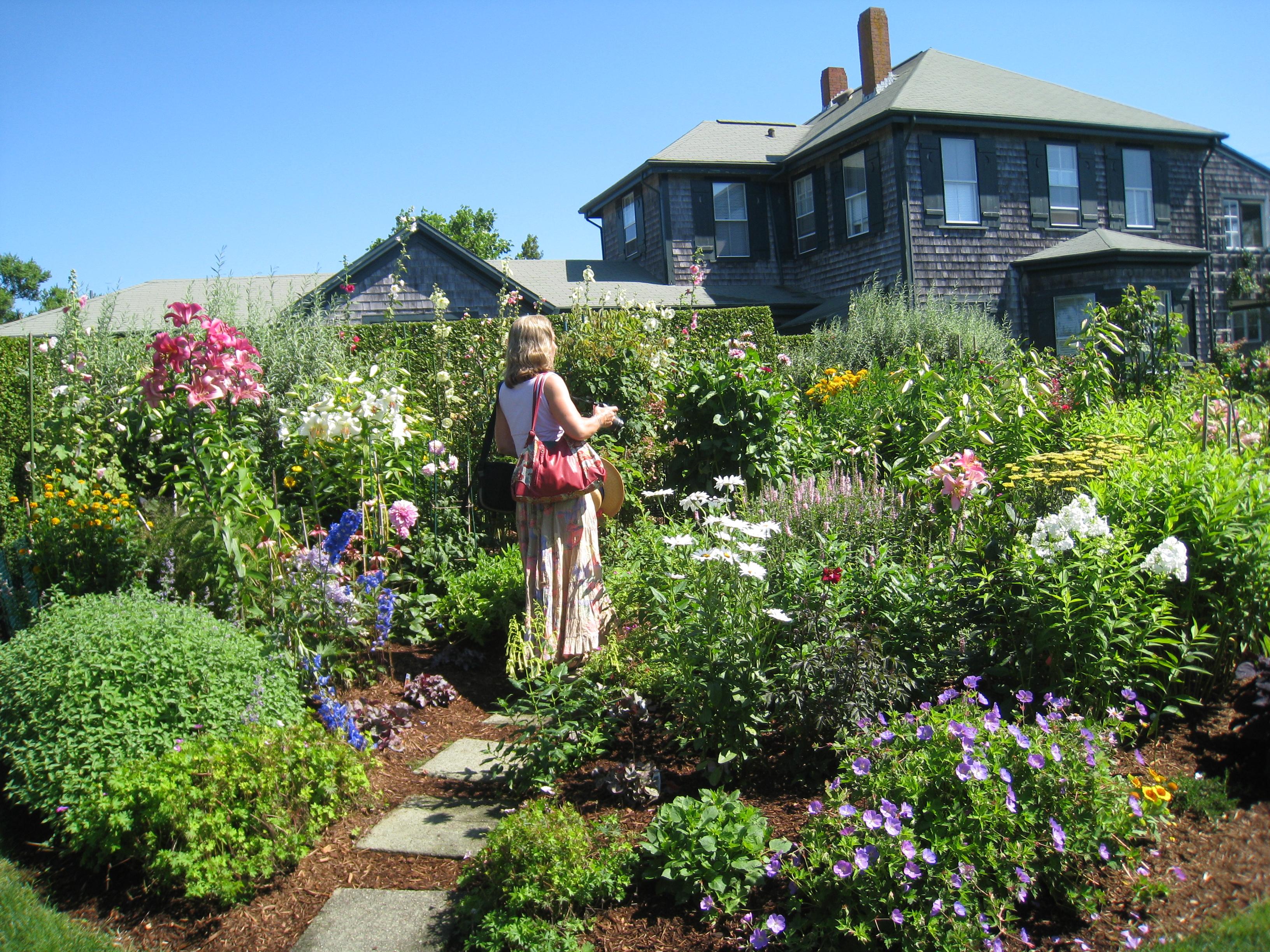 Nantucket House & Garden Tour - Atlantic East Nantucket Real Estate