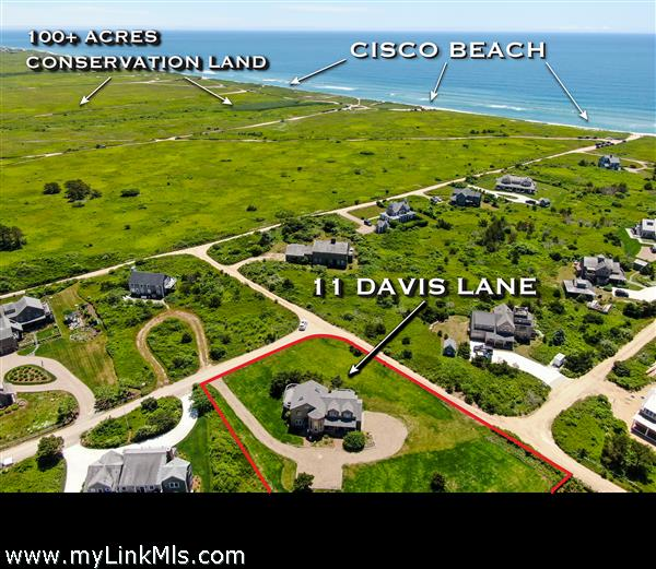 11 Davis Lane