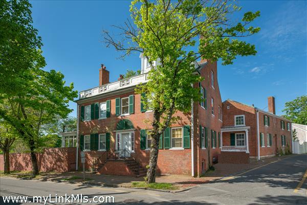 19 Pleasant, 2 Mill Street,9 & 11 Candlehouse Lane