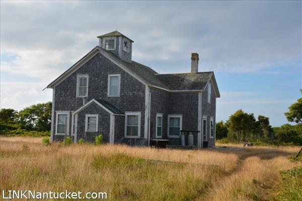 8 Tuckernuck Road